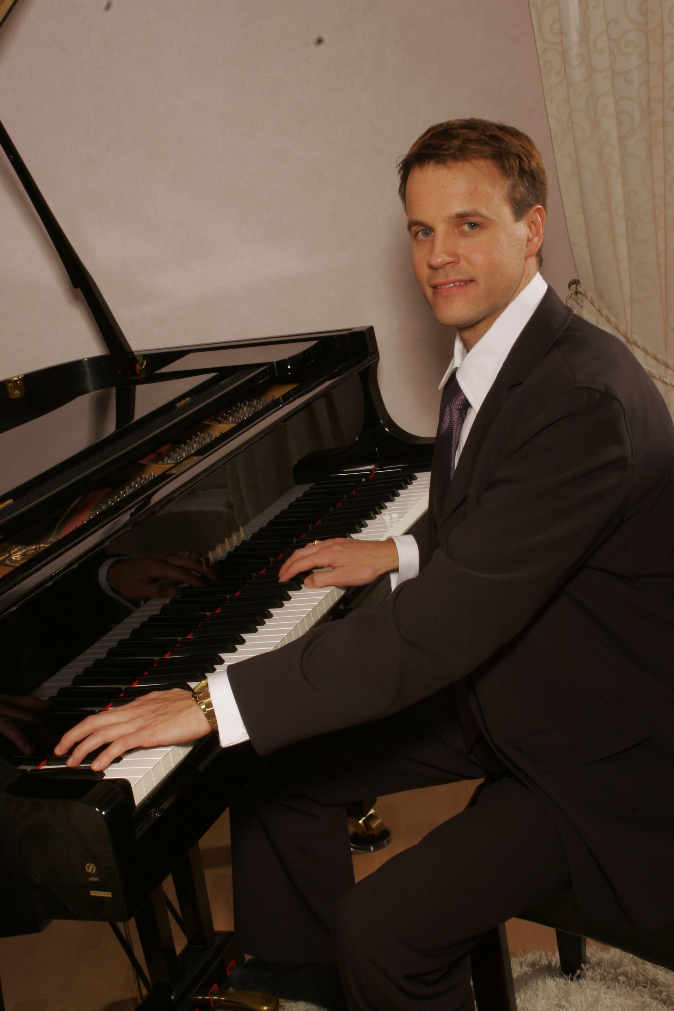 Rait Karm, piano